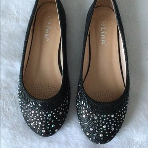 Link Girl Flats Size: 2